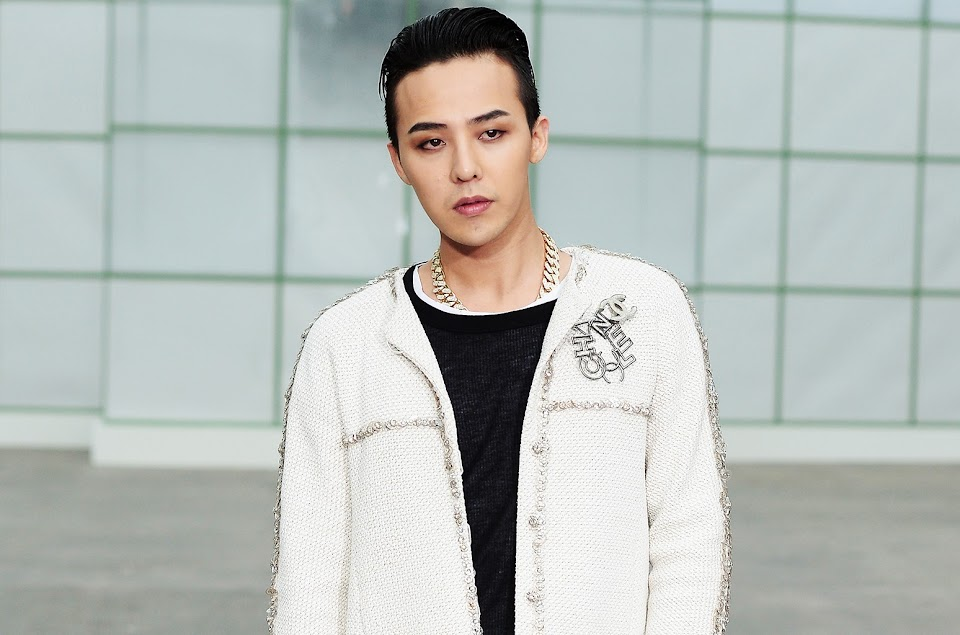 g-dragon-of-bigbang-paris-fashion-week-2015-billboard-1548-compressed