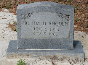 "Photo: Holida D Rhoden son of William Newton Rhoden and Dora ""Dorian"" Thompson / Wife Stella / World War I Soldier"