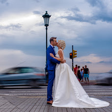 Wedding photographer Konstantinos Mpairaktaridis (konstantinosph). Photo of 01.08.2018