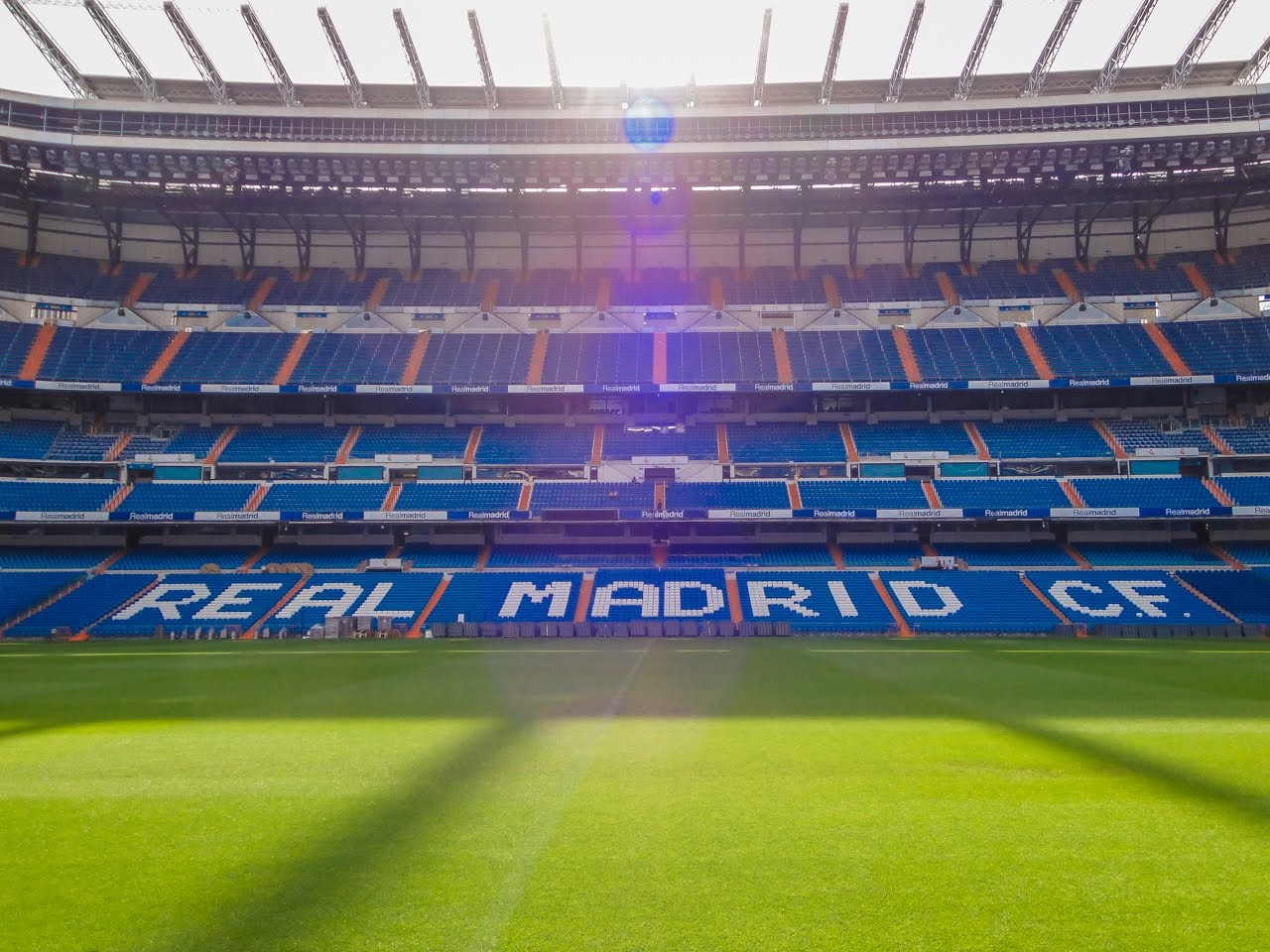 A beautiful day to be field level at the Estadio Santiago Bernabéu