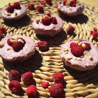 Mini Raw Vegan Cheesecakes