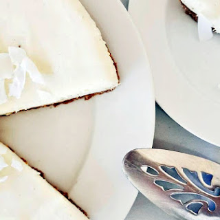 Speculaas and Coconut No Bake Cheesecake.