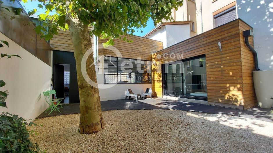 Vente maison 4 pièces 72 m² à Thiers (63300), 123 500 €
