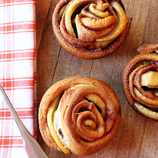 Apple Crescent Roses Recipe