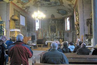Photo: Zwiedzanie wnętrza kościoła w Gułtowach