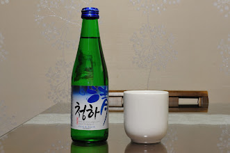Photo: Shoju (somewhat like Japanese Sake) is my favorite drink in Korea. It only costs ₩ 950 in a supermarket (US$0.90) or ₩ 3,000 in a restaurant. It costs at least 15 times more expensive to buy this in Singapore. This one is slightly more expensive though. Cost ₩ 2,750 and its Cynthia favorite. There is a fruity after taste.
