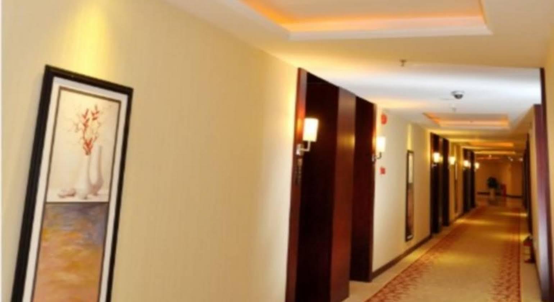 Ceramics International Hotel