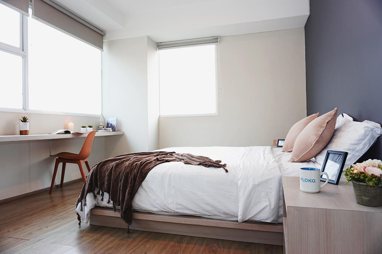 Kost di apartemen sebagai opsi tempat tinggal untuk pekerja dan mahasiswa.