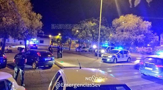 Disuelto un botellón con 300 personas en Sevilla
