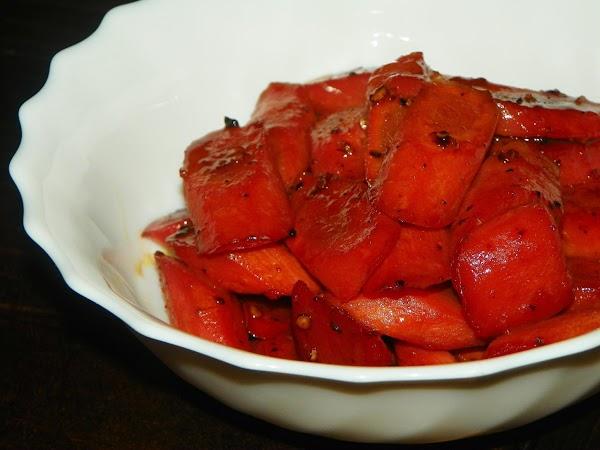 Pomegranate-glazed Carrots Recipe
