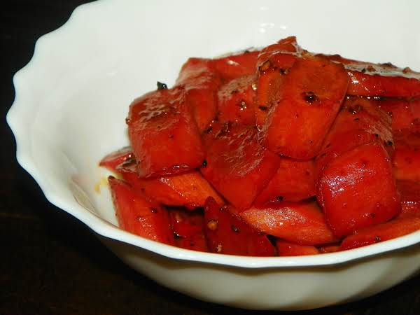Pomegranate-glazed Carrots Recipe