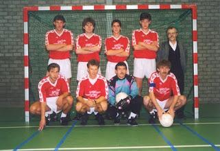 Photo: H.M>S.H. ? zaal seizoen 1995 - 1996