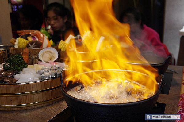 基隆火鍋推薦-暖鍋物-基隆宵夜推薦/基隆必吃牛奶鍋/燒酒雞鍋/咖哩鍋