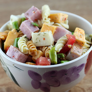 Zesty Italian Asparagus Pasta Salad