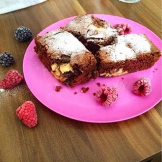 Brownies With White Chocolate Chips And Raspberries