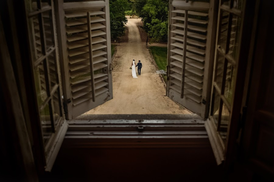 Wedding photographer Víctor Martí (victormarti). Photo of 09.10.2016