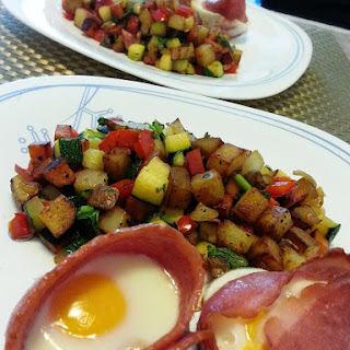 Breakfast Hash with Turkey Bacon Cups