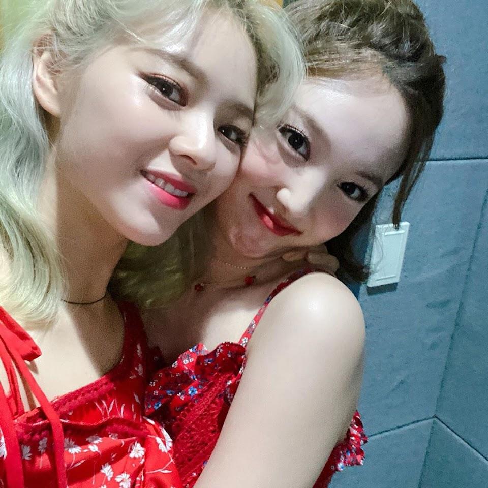 jeongyeon nayeon