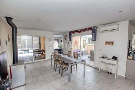 Vente villa 6 pièces 155 m2