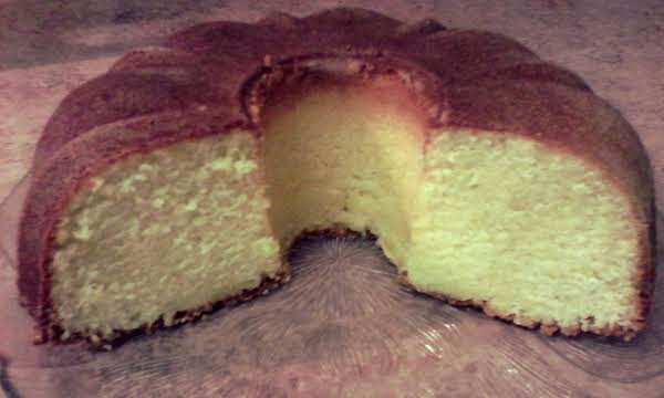 Lovely Lemon Pound Cake Recipe