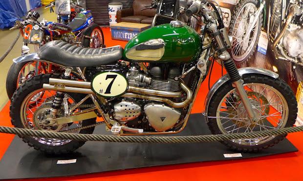 Triumph Bonneville Scrambler préparée par FCR  Original.