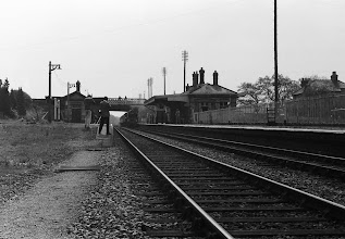 Photo: Steam train approaching Kingham (May 1973)