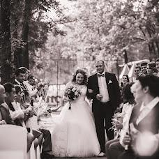 Wedding photographer Yuliya Pozdnyakova (FotoHouse). Photo of 10.10.2017