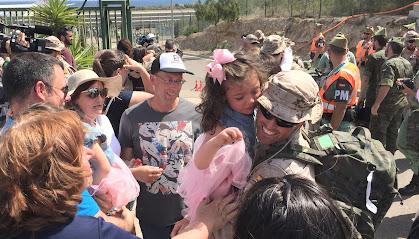 Los legionarios se reencuentran con sus familiares en Almería