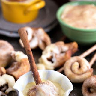 {Slow Cooker} Cinnamon Roll Fondue with 20-minute Miniature Cinnamon Rolls
