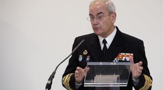 """El Ejército avisa a Vox sobre los inmigrantes: """"Los rescataremos"""""""