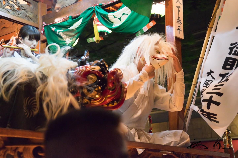 獅子・白狐踊り