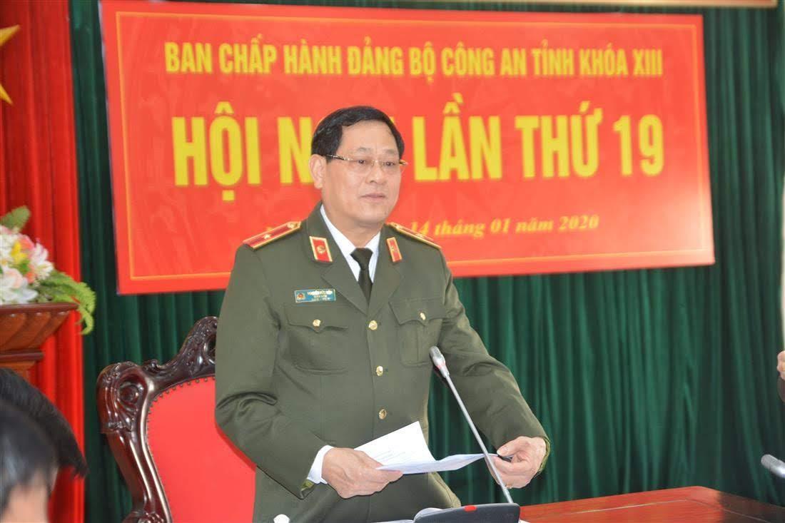 Thiếu tướng Nguyễn Hữu Cầu, Ủy viên BTV Tỉnh ủy, Bí thư Đảng ủy, Giám đốc Công an tỉnh chủ trì hội nghị.
