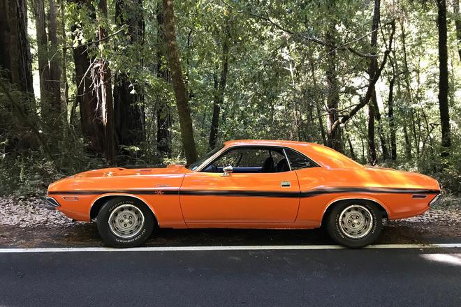 1970 Dodge Challenger 440-6Pack 4 speed Hire CA