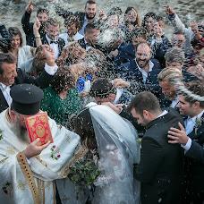 Wedding photographer Lambros Papanikolatos (papanikolatos). Photo of 01.11.2017
