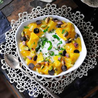 Greek Yogurt with Oranges, Mint and Pistachios