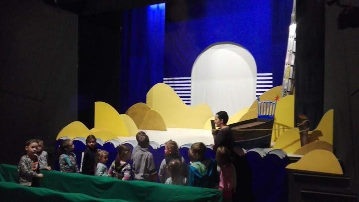 Żabki w Ateneum w ramach akcji Edukacja- Teatr wzmacnia