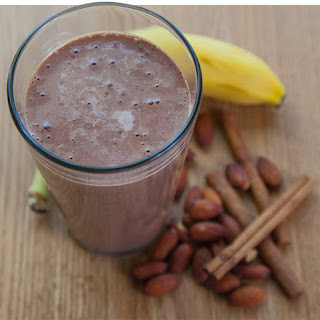 PERFORMANCE-BOOSTING PRE-WORKOUT SHAKE
