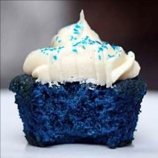 """Amazing """"Sexy"""" Blue Velvet Cupcakes – A Bite Of Pleasure"""