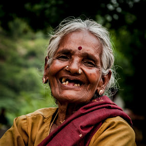 Old And Gold by Gowri Shankar - People Street & Candids ( old, innocent, beautiful, smile )
