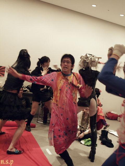the end of Nara Fashion Walk, fashion show / 奈良ファッションウォーク ファッションショー終わり間際の てんやわんや。