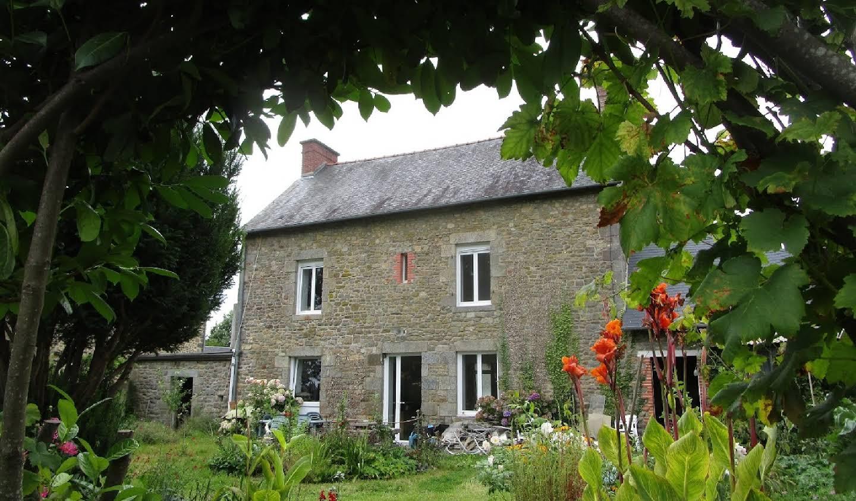 Maison Dingé