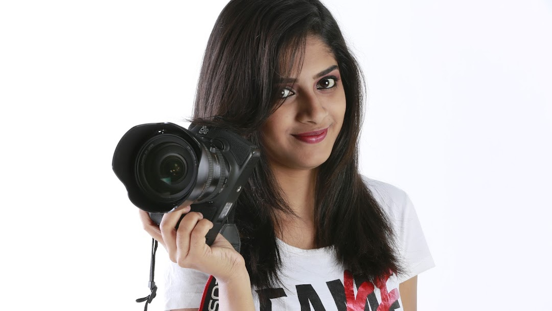 Studio V - Alliance Portrait Studio in Chennai, Rental