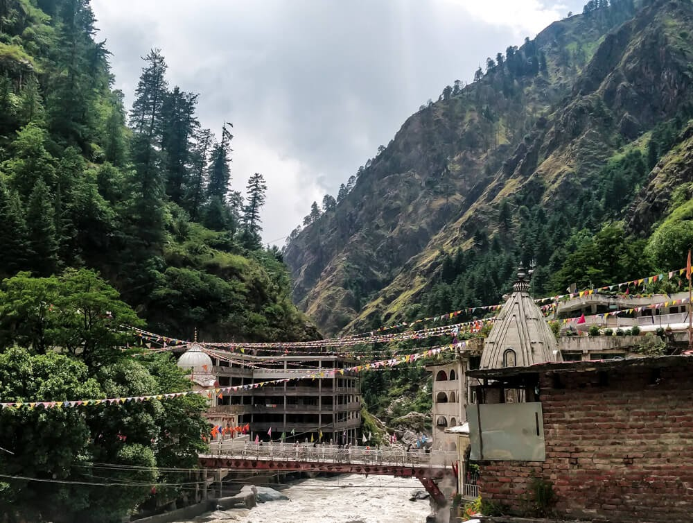 gurudwara manikaran sahib above parvati river in parvati valley in manikaran sahib images