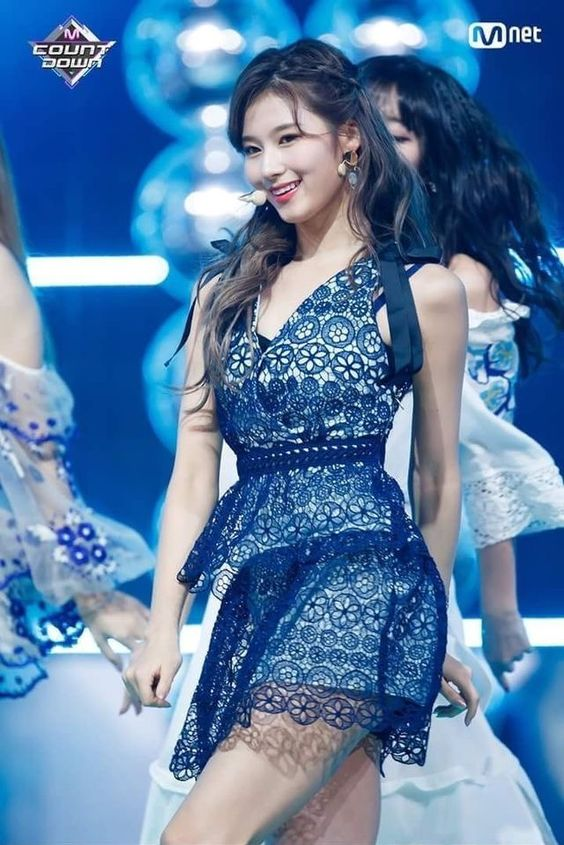 sana dress 16