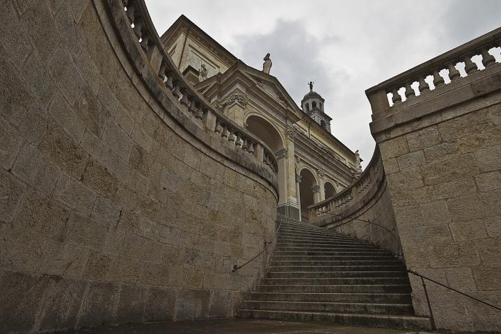 Salita alla Basilica di Alessandro*