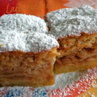 Delicious Croatian apple pie