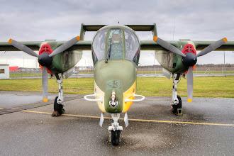 Photo: North American OV-10B Bronco - lekki samolot szturmowy i obserwacyjny