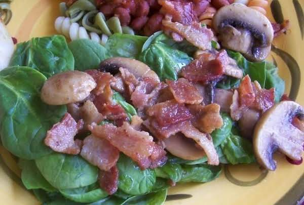Spinach Salad With Bacon And Mushrooms Recipe