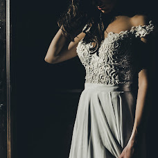 Wedding photographer Michael Riyashi (photoexperts). Photo of 01.11.2017
