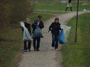 Photo: Affaldsposer slåbes tilbage